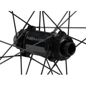NEWMEN Evolution SL R.25 Voorwiel 12x100mm CL Gen2, black anodised/grey
